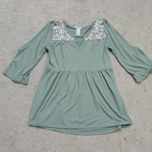 New Directions cold shoulder top olive small